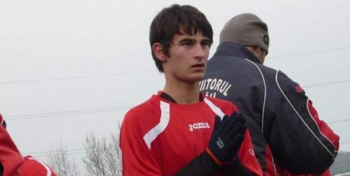 Un fotbalist de 16 ani a murit de Paste