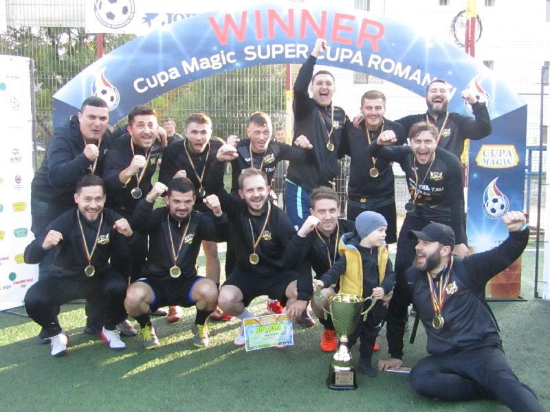 IASI: CUPA MAGIC - Premier Iași, noua campioană a Cupei Magic la minifotbal