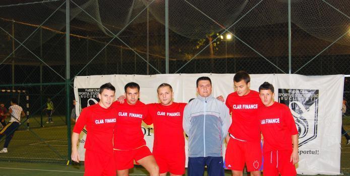 Bucuresti: Clar, echipa care castiga tot