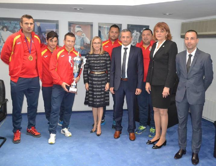 MTS i-a felicitat pe campionii europeni la minifotbal