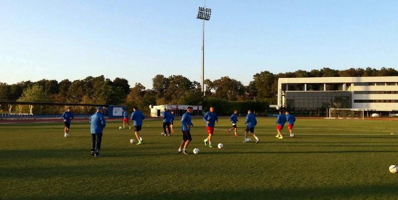 România s-a reunit azi la Izvorani, sâmbătă debutează la Cupa Mondială