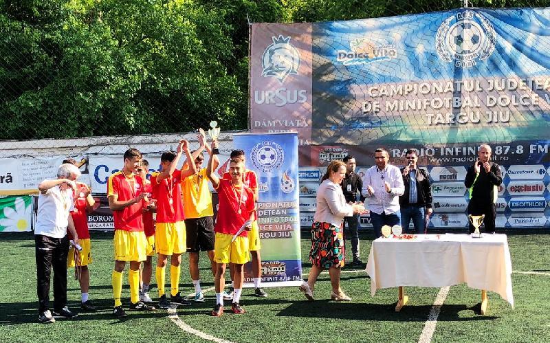 LPS Târgu Jiu a câștigat din nou Cupa Liceelor Carrefour!