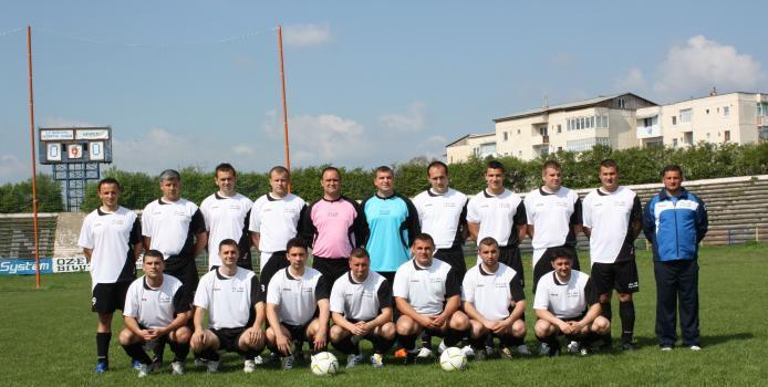 IASI: LIGA MAGICA - Dinamo invinge Perpetuus si ramane lider