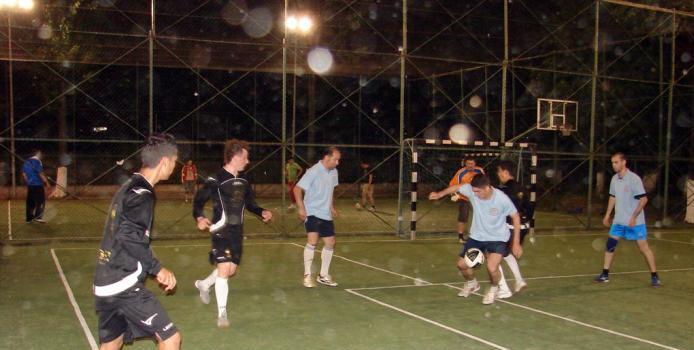 Bucuresti: FC Medex-Team a prins ultimul tren spre semifinale