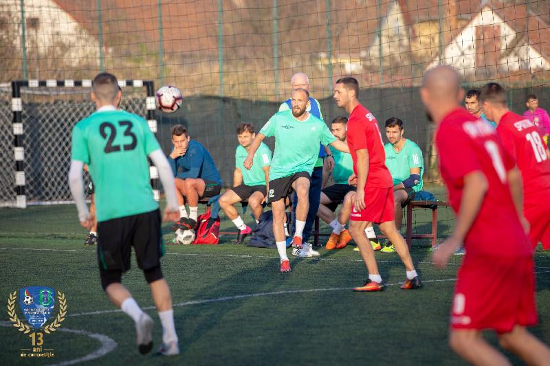Au rămas aceiaşi lideri în Campionatul Realsport de Minifotbal Deva