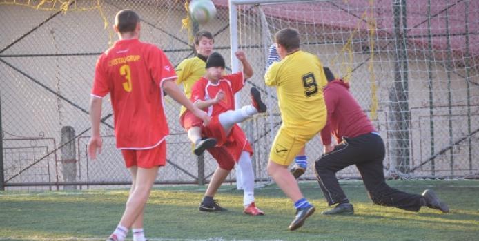 ZALAU: Asteptarea a luat sfarsit incepe Campionatul de minifotbal