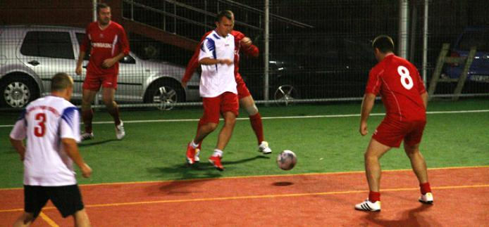 Suceava: Sport Pub Penalty, debut cu victorie